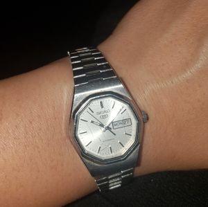 Vntg Seiko women's watch
